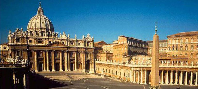 35 Намерите на папството
